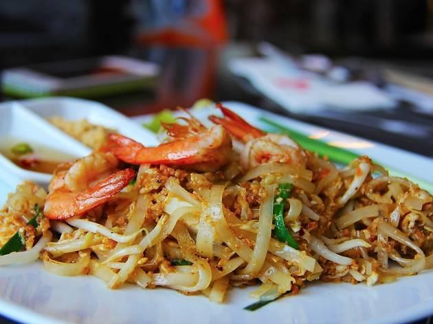 Generic pad thai dish