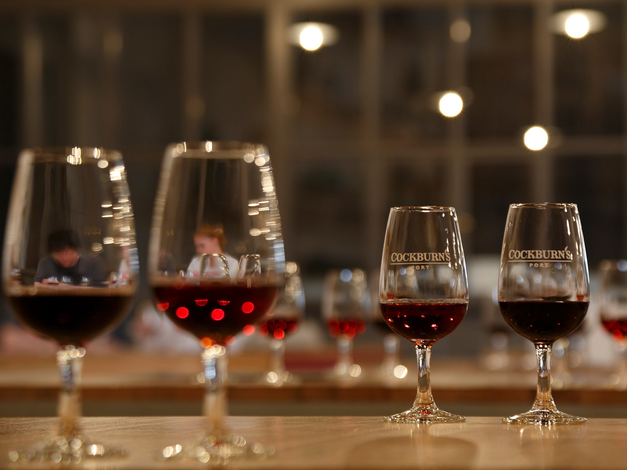 Porto Small Group Tour Including Wine Cellars and Wine Tasting