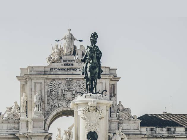 estátua de D. José I, terreiro do paço