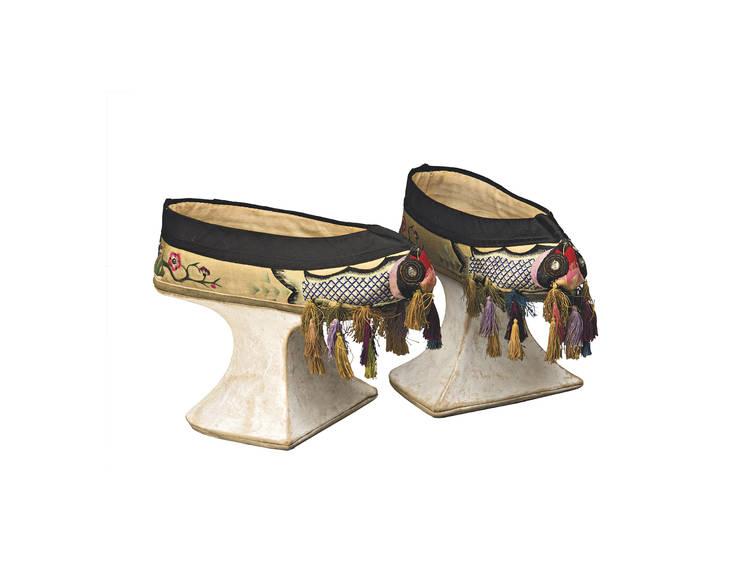 Os Sapatos Manchu