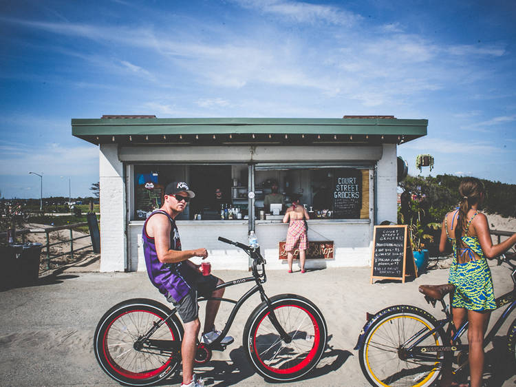 The best things to do at Riis Park Beach Bazaar
