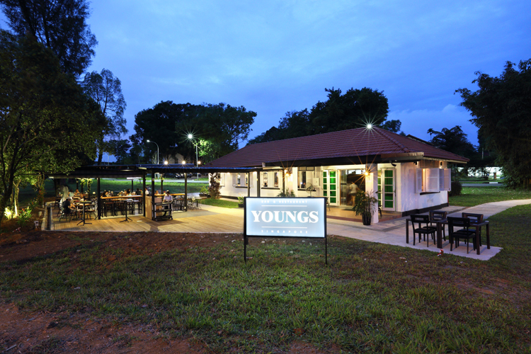Youngs Bar and Restaurant