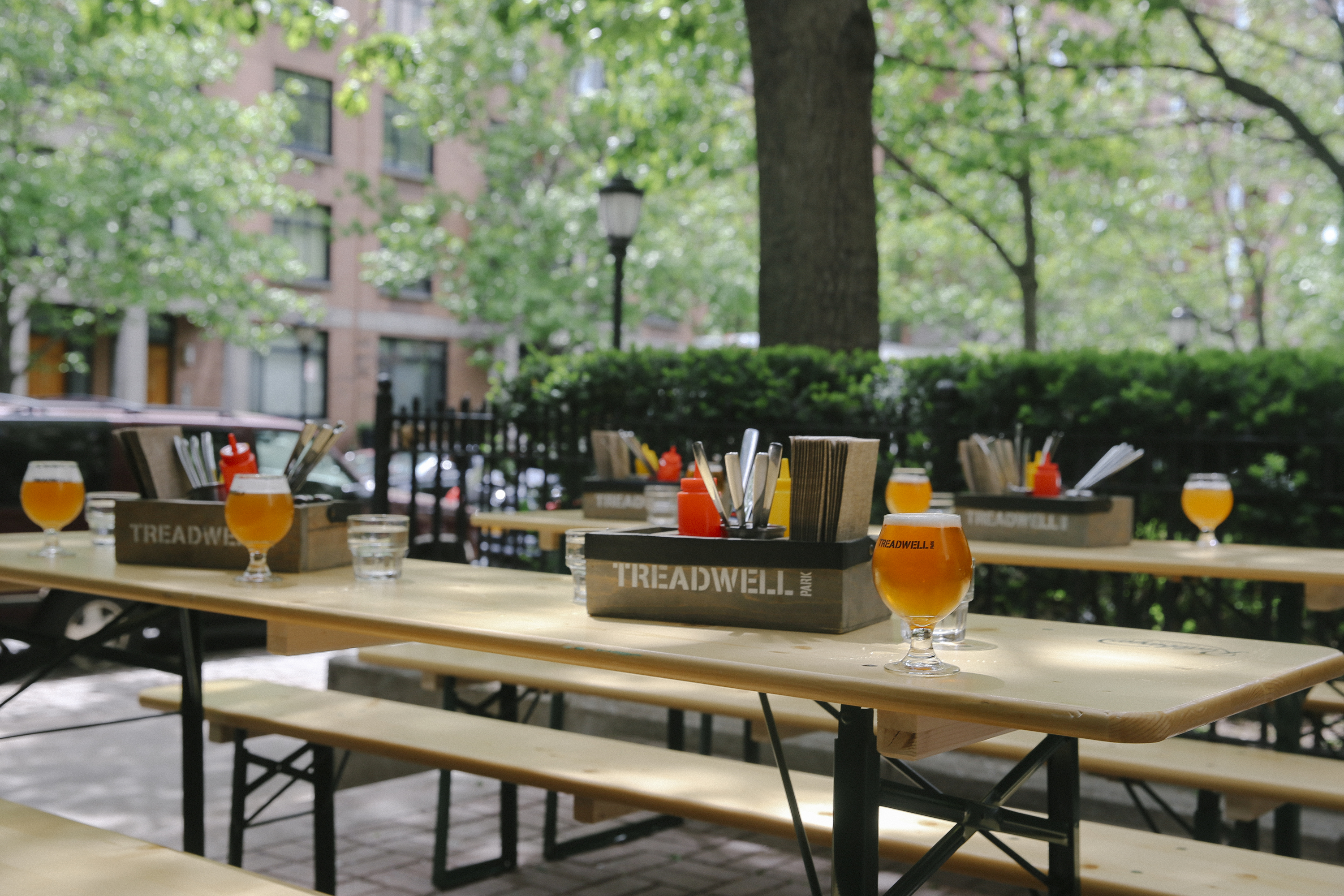 See FiDi's new waterfront beer garden