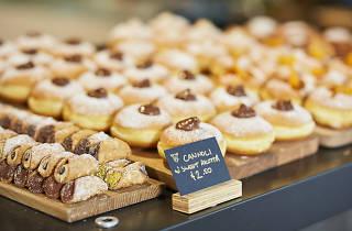 Saluministi doughnuts