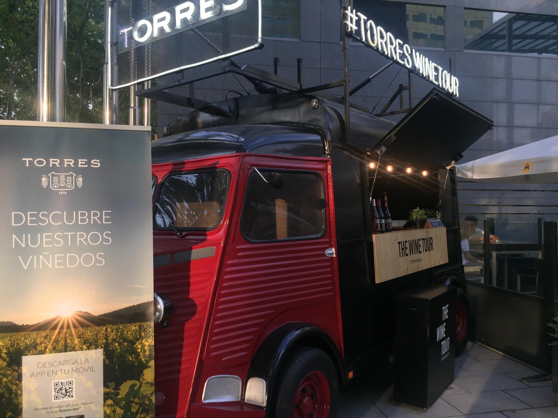 Wine Truck de las Bodegas Torres