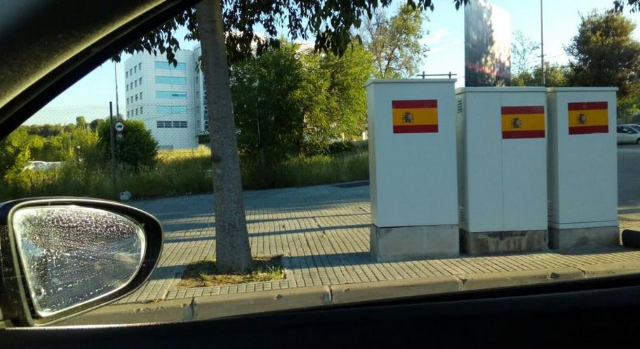 Barcelona es lleva plena de banderes espanyoles [FOTOS]