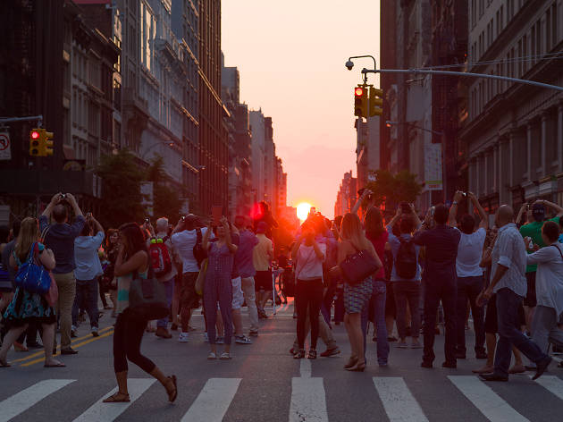 Neil deGrasse Tyson explains Manhattanhenge