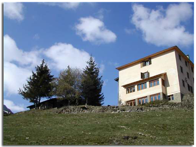 Xalet i Refugi UEC-La Molina (Alp)