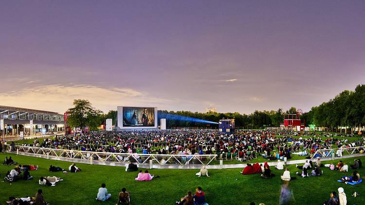 Open air cinema in Paris