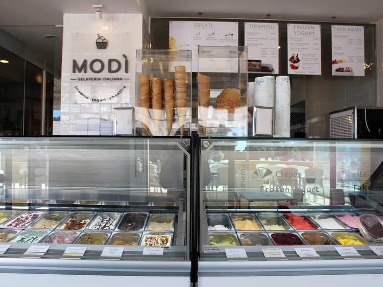 ...e vá à Mòdi buscar um gelado para a sobremesa
