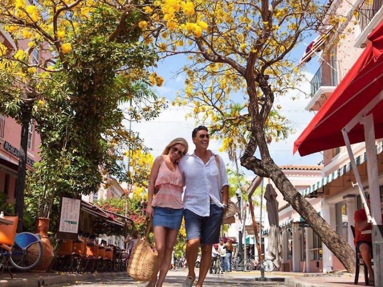 Take in the sights on Española Way
