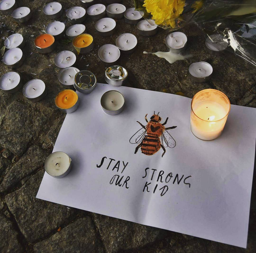 13 inspiring images of Manchester coming together at last night's vigil