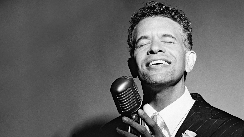 Brian Stokes Mitchell: Plays with Music