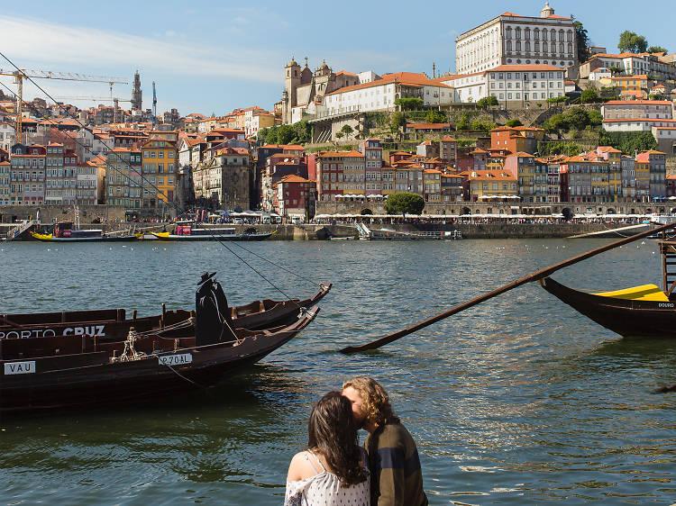 Take a walk in Douro's Ribeira