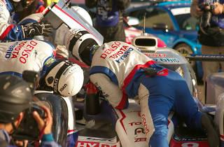 Fotograma de la serie Le Mans