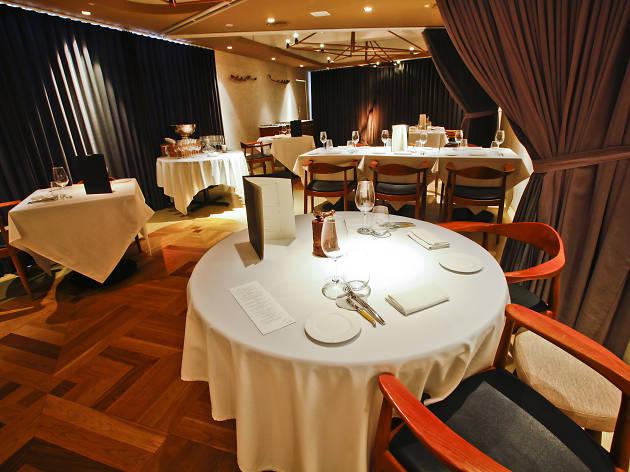 DC. Restaurant by Darren Chin
