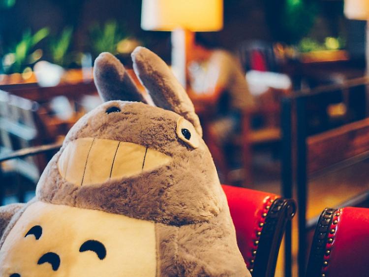 3. 시간을 잊게 하는 마법의 공간, 키덜트 카페
