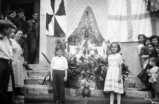Festas populares, trono de Santo António na rua da Regueira
