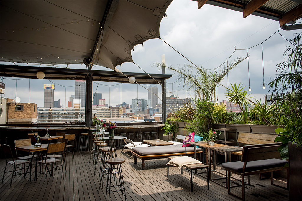 Check Out 21 Of The Planets Most Spectacular Rooftop Bars