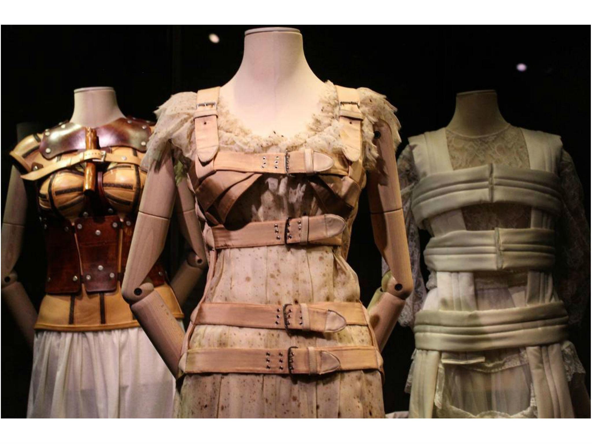 Los vestidos del Museo Frida Kahlo