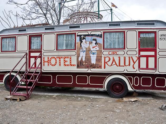 Hotel - Circ Raluy