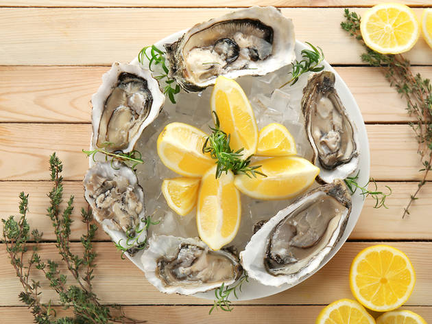 Eleven slurptastic oyster happy hours in Miami