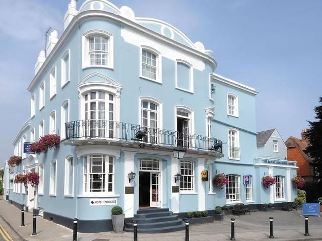 Best cheap hotels Windsor: Royal Adelaide Hotel
