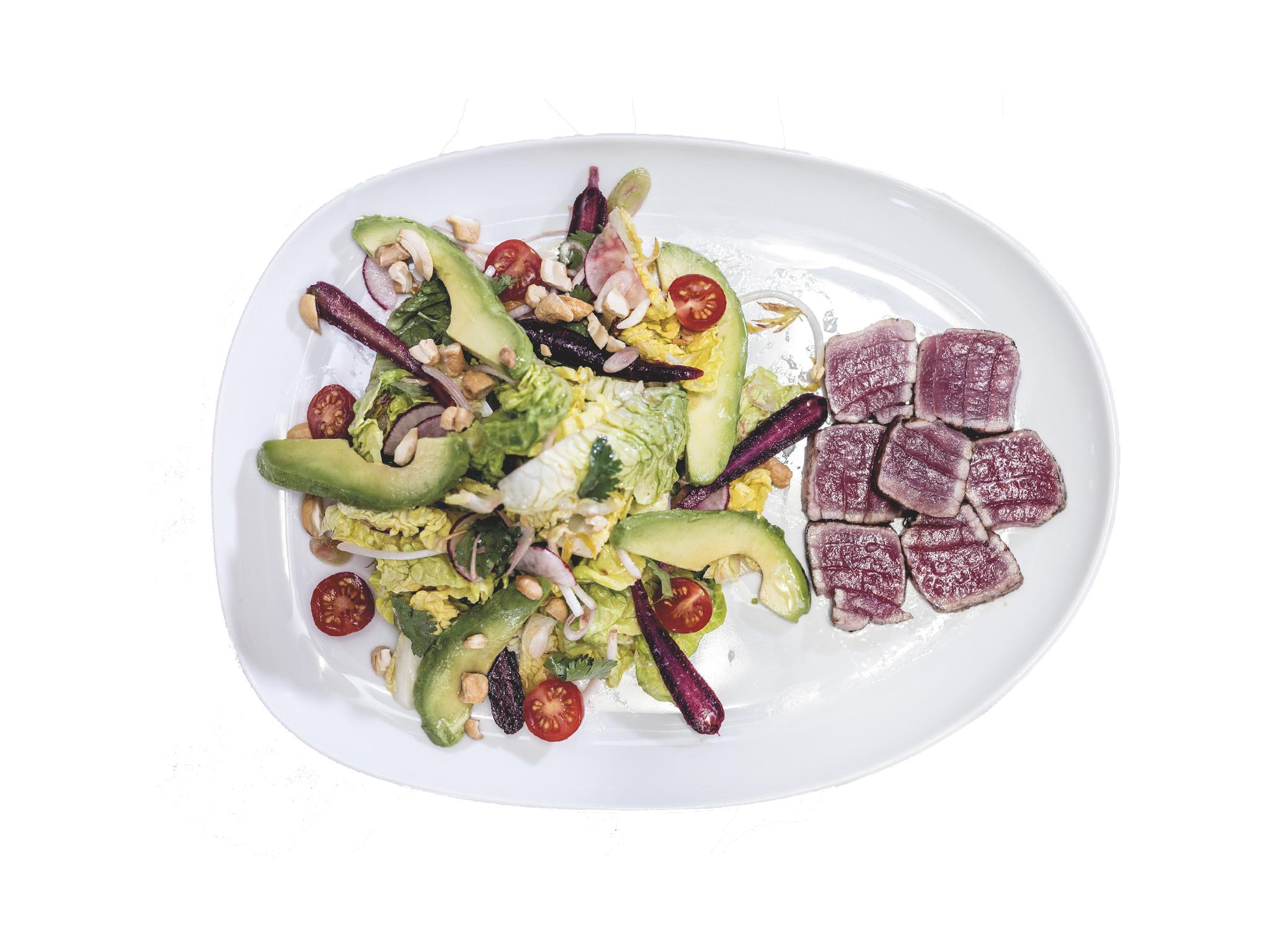 salada asiática com atum braseado do eatfish