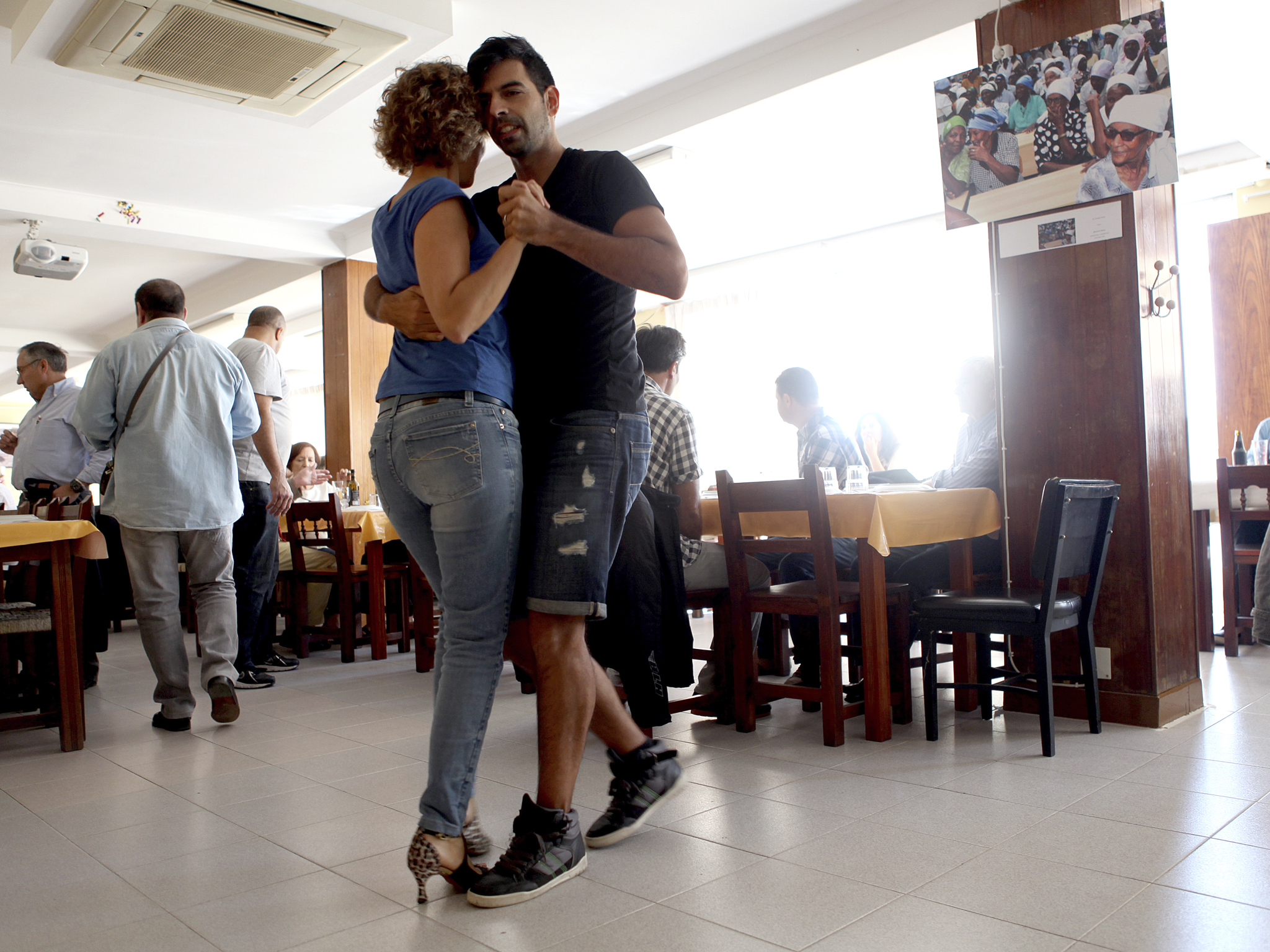 Almoços dançantes