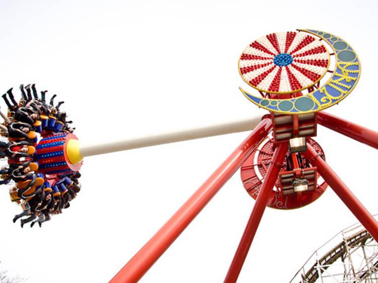 Good grades mean free rides for kids at Luna Park