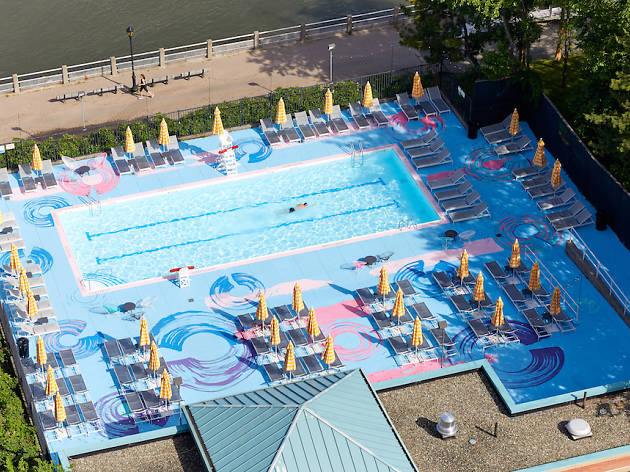 This NYC pool makes you feel like you're swimming in a painting