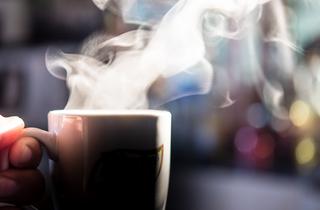 Cafè amb llet calent a l'estiu: esport de risc a Barcelona