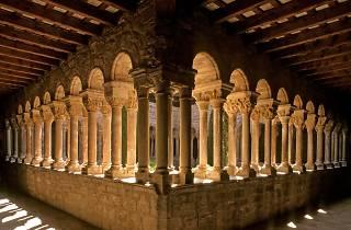 L'Estany claustre del monestir