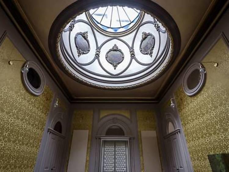 Palácio Fenizia