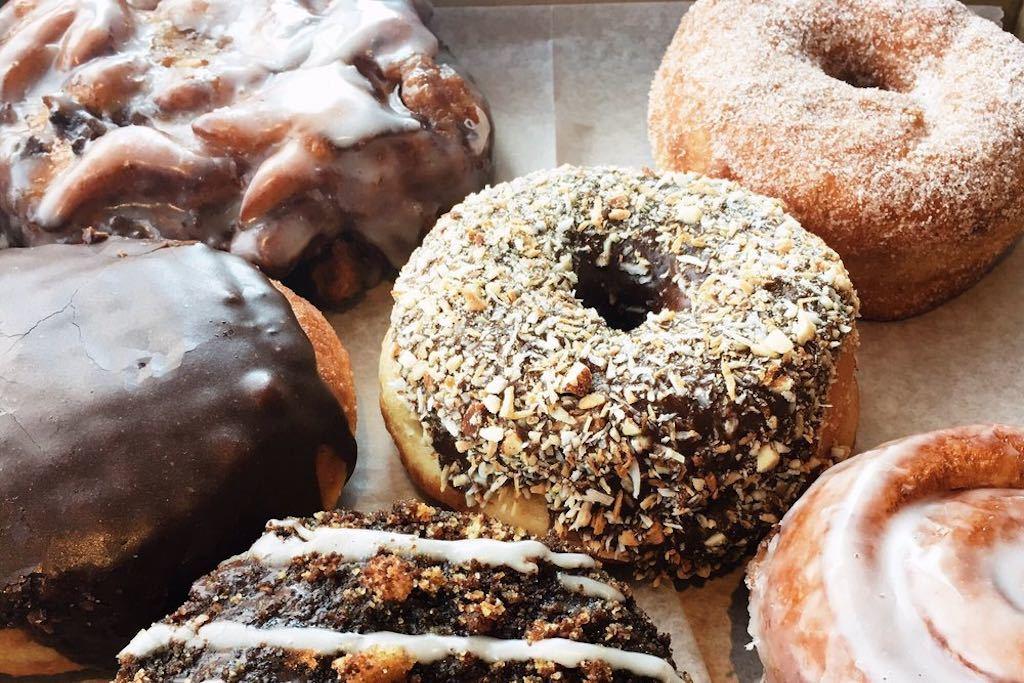 dotties donuts doughnuts