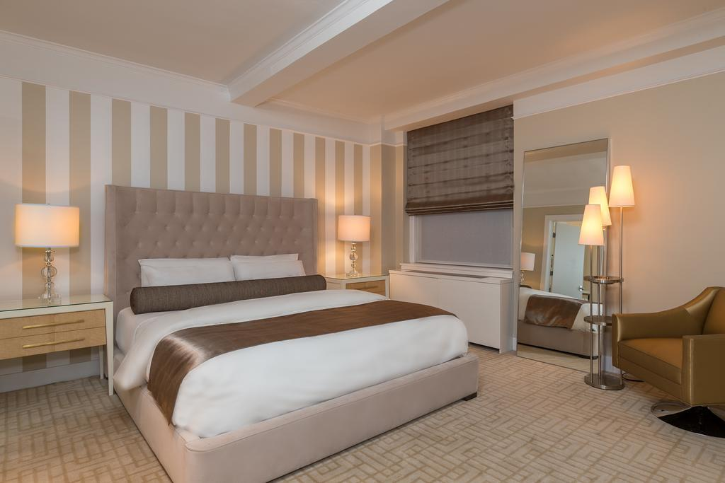 Le Lombardy Hotel