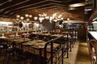 本格アメリカンBBQレストラン  店 舗 名:SMOKEHOUSE(スモークハウス)