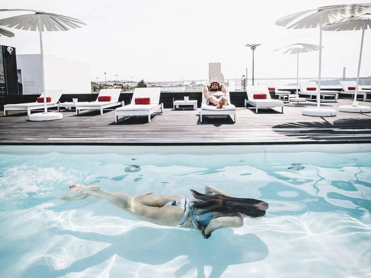 Os melhores hotéis com piscina em Lisboa