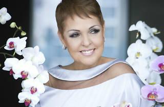 Lupita D'Alessio en el Auditorio Nacional
