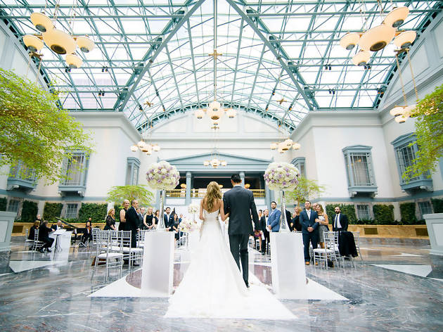The Most Unconventional Wedding Venues In Chicago
