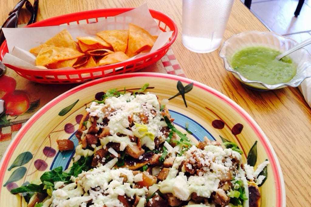 quetzally mexican food