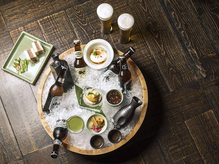맥주와 와인을 무제한 마실 수 있는 호텔 프로모션