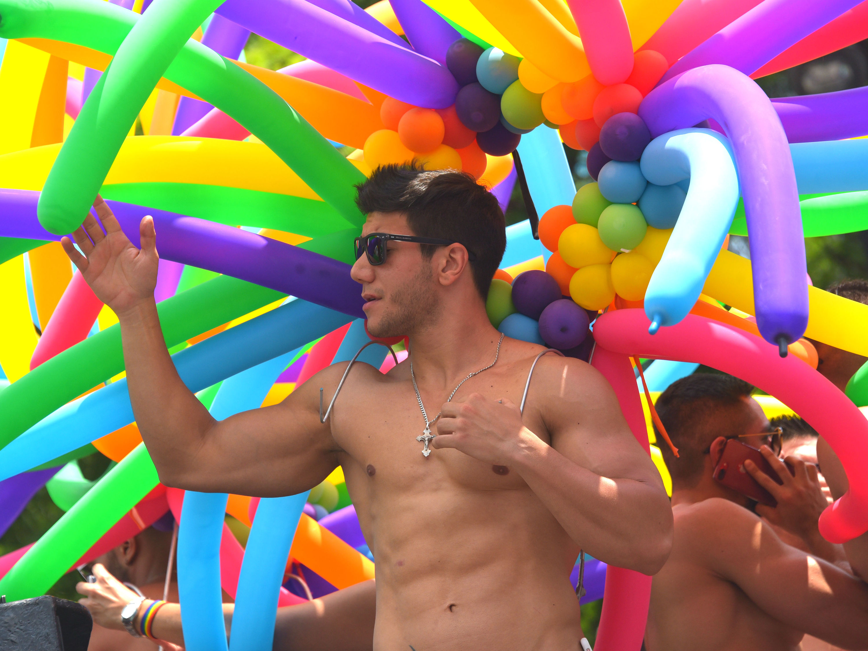 Fotogalería de la Marcha del Orgullo LGBTTTI 2017