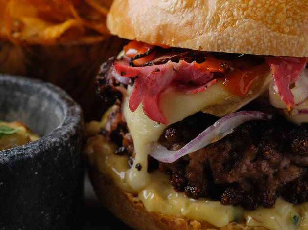 12000 francs burger
