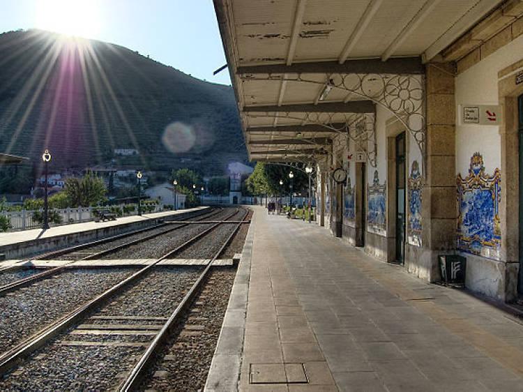 Percorra a Linha do Douro