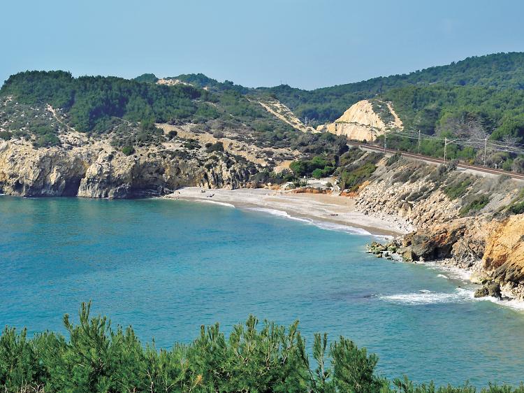 Playa de l'Home Mort (Sitges)