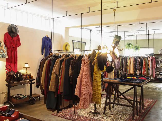 90e65a8601 Saiba onde estão as melhores lojas vintage no Porto