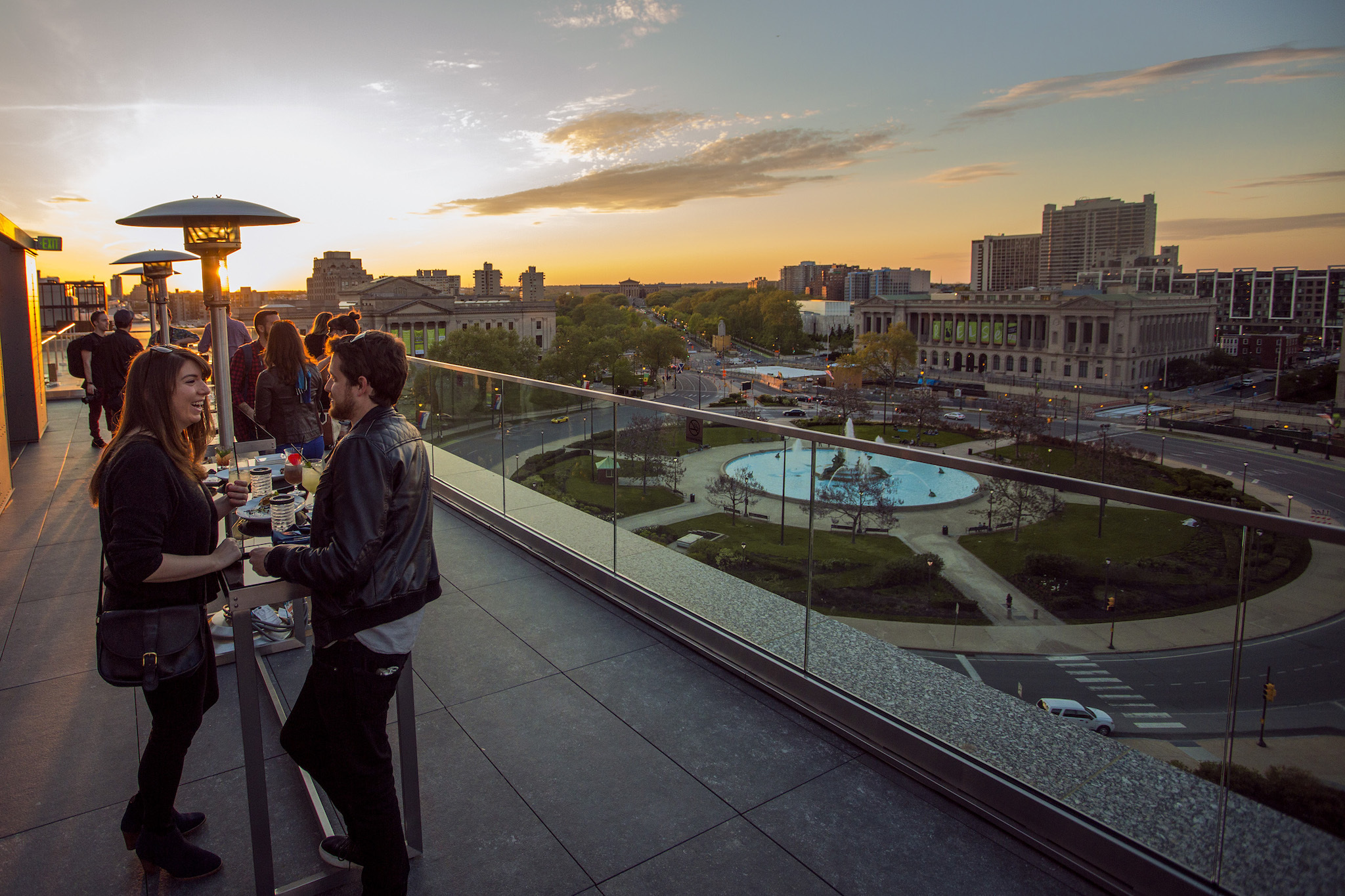 16 best rooftop bars in philadelphia to visit this summer for Places to visit philadelphia