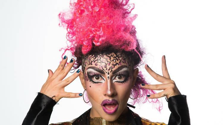 Kobra drag es la primera chica cinsgénero en hacer drag