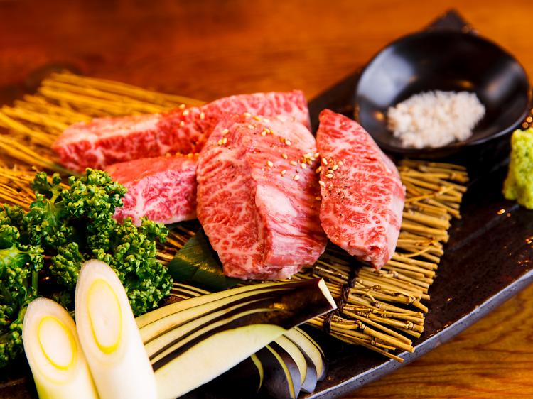 本当に美味い肉を食す。